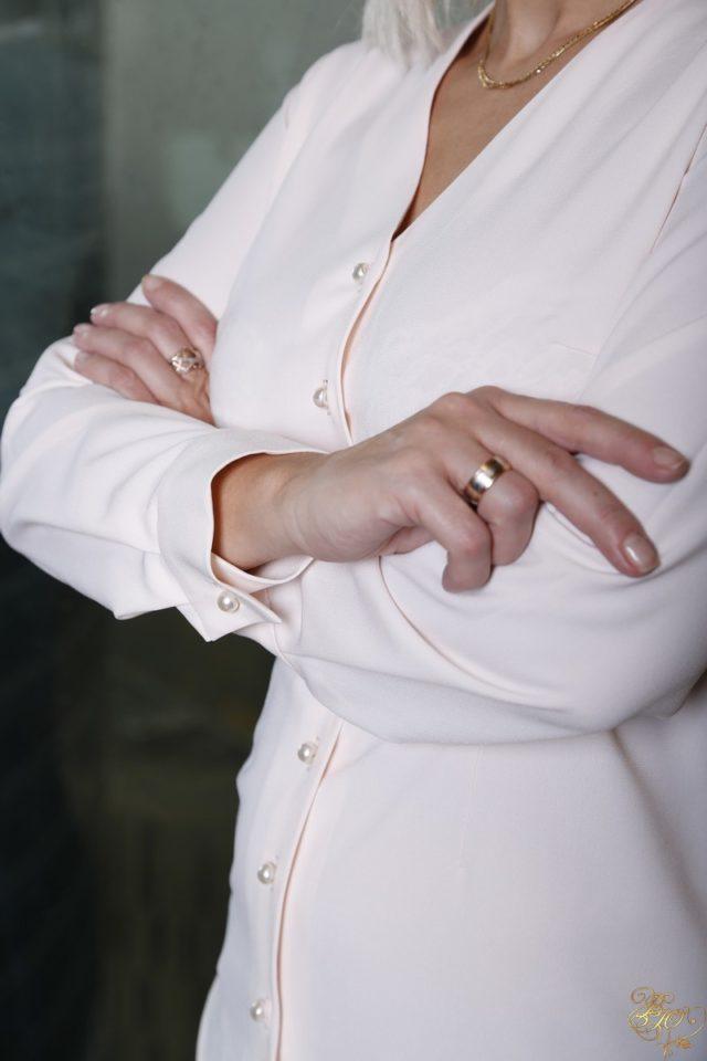 блузка на пуговицах
